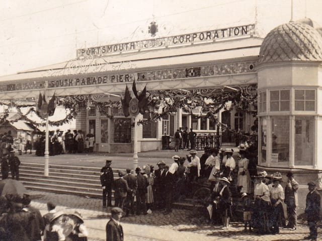 Reopening of South Parade Pier 1908